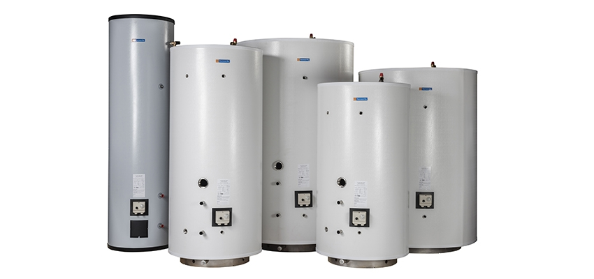 What is the purpose of a calorifier tank in hot water systems?